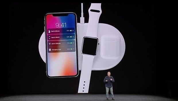 Apple'ın ikinci isminden iPhone X itirafı 15