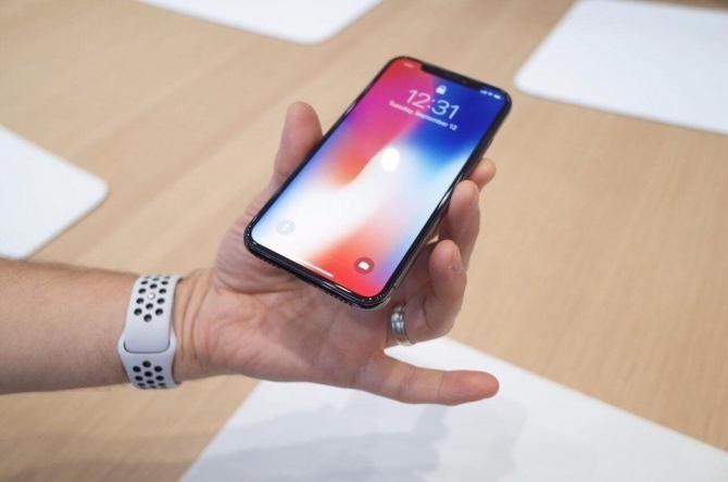 Apple'ın ikinci isminden iPhone X itirafı 2