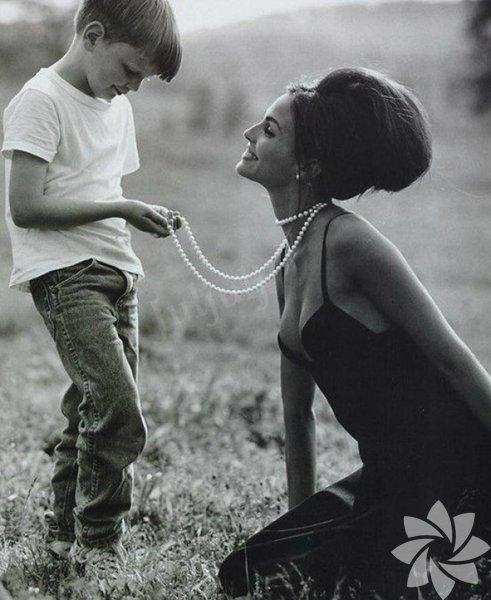 İçinizi ısıtacak anne-oğul fotoğrafları 16