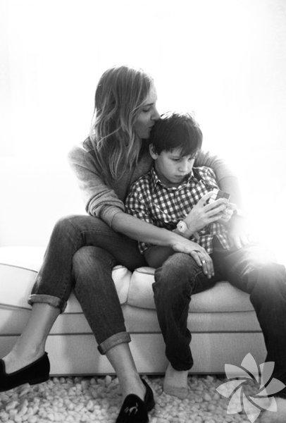 İçinizi ısıtacak anne-oğul fotoğrafları 4