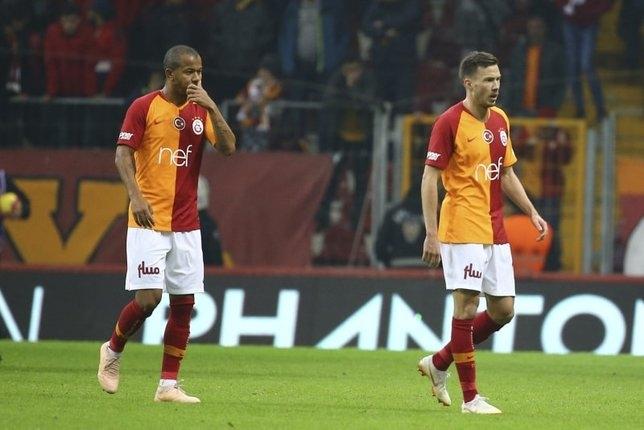 Galatasaray'da sürpriz ayrılık! 10