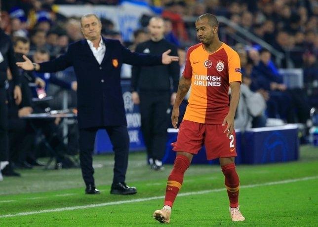 Galatasaray'da sürpriz ayrılık! 8