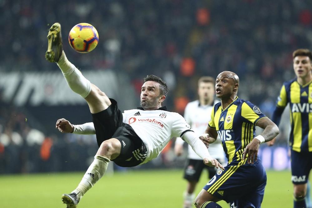 Beşiktaş Fenerbahçe derbisini spor yazarları yorumladı 1