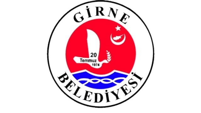 Girne Belediyesi, Şht Aytekin Zekai sokak ve yengeç sokak'ta yağmursuyu drenaj hattı yapıyor