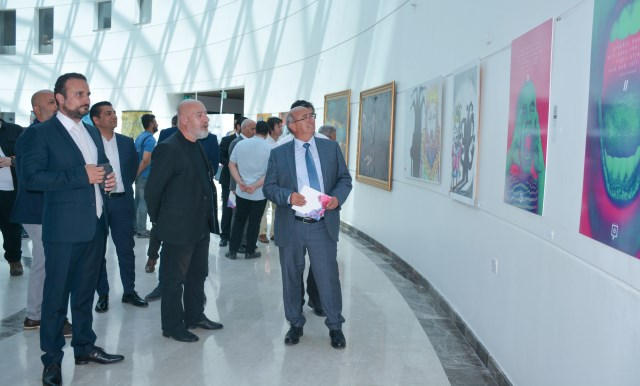 Güzel Sanatlar Öğretim Elemanları Sergisi YDÜ Hastanesi'nde açıldı…