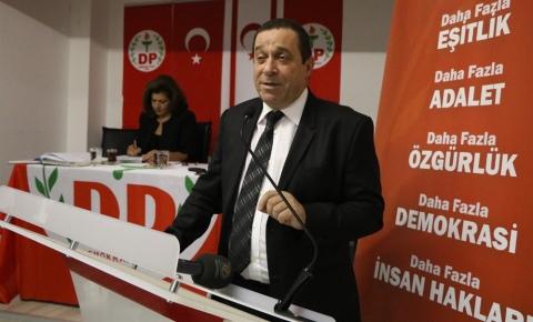 """Denktaş: """"Türkçe söylüyorum, Hükümetten çekilme gibi bir tavır, yaklaşım, söylem gündemimizde yok"""""""