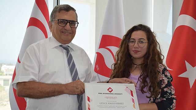 UFÜ yaz okulu programını tamamlayan kursiyerler sertifikalarını aldı