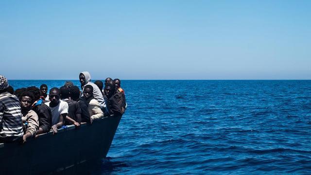 Libya açıklarında 119 Afrikalı göçmen kurtarıldı