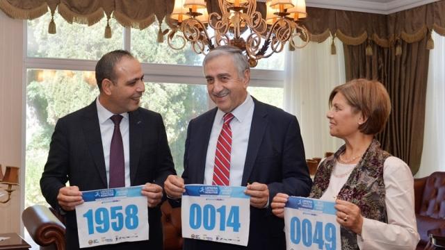Cumhurbaşkanı Akıncı, Lefkoşa koşuyor maratonuna eşi ile birlikte katılıyor