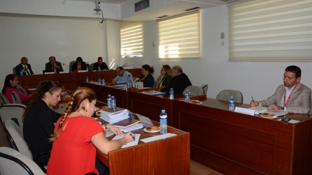 Ekonomi, Maliye, Bütçe ve Plan Komitesi genel tarım sigortası fonu mali yılı yasa tasarısı ile bankacılık yasa tasarısını ele aldı