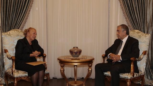 Cumhurbaşkanı Akıncı, Kıbrıs Bahaileri'ni temsilen Suzan Merter başkanlığındaki heyeti kabul etti