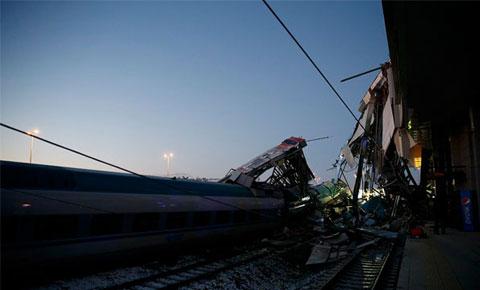 Ankara'da tren kazası: 7 kişi öldü, 46 kişi yaralandı