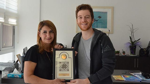Ünlü Yazar Metin Hara DAÜ'lü öğrencilerle buluştu