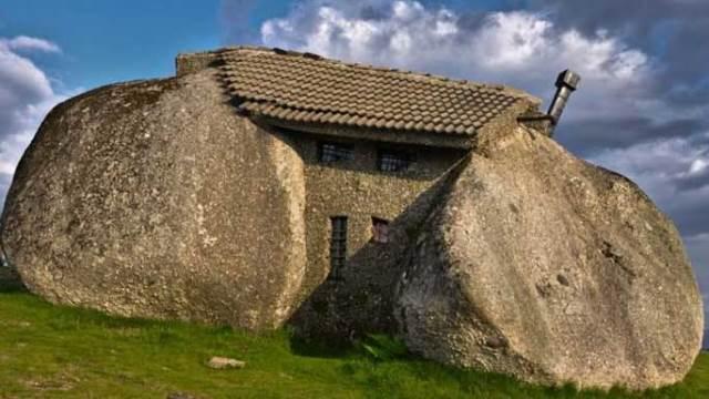 Taş Devrinde Çıkma: Stone House