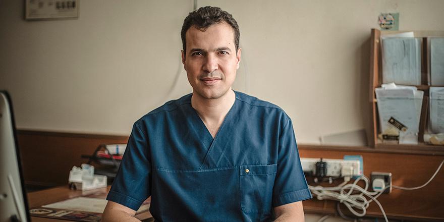 """TIP-İŞ: """"Gazimağusa hastanesi'ndeki başhekim krizi iş barışını bozuyor"""""""