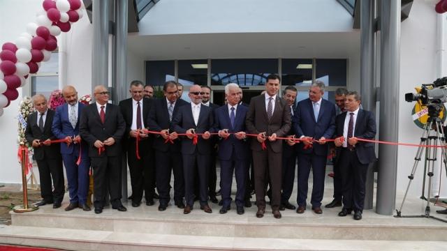 YDÜ Spor Kulesi törenle açıldı