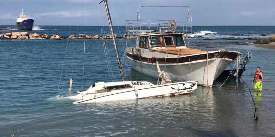 Fırtınadan balıkçı tekneleri de nasibini aldı