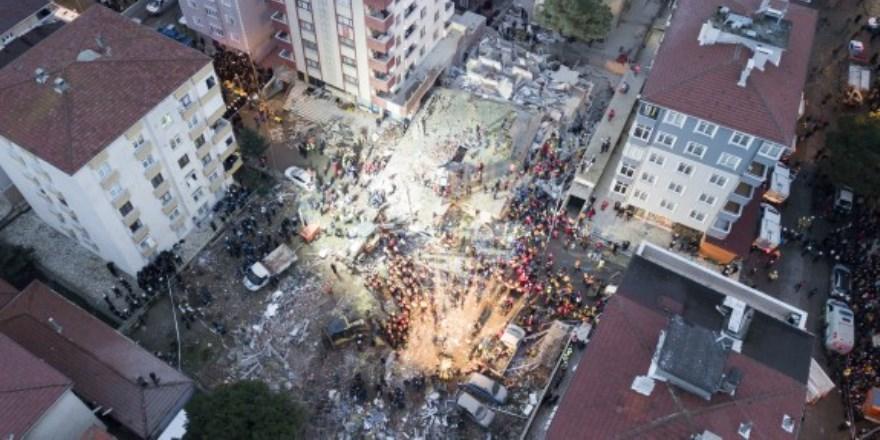 Çöken binada ölü sayısı 17 oldu