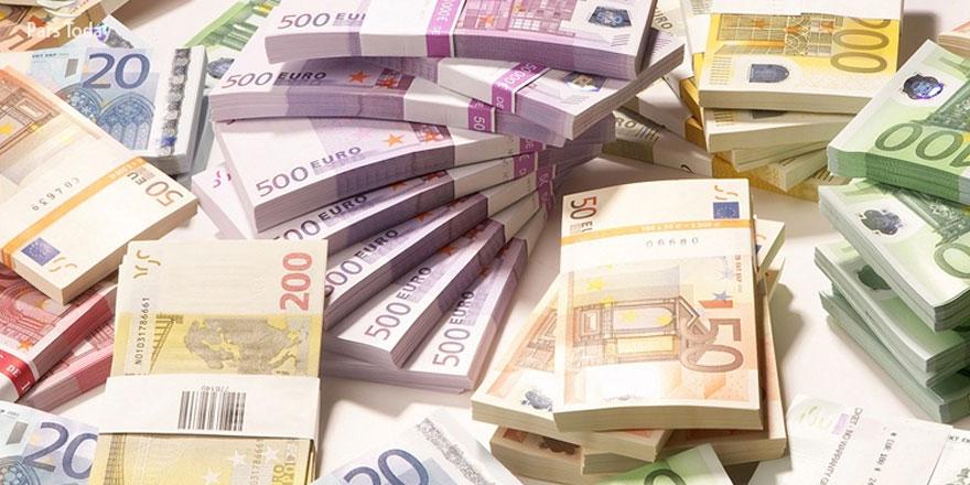 Güney Kıbrıs dışına çıkan para 465 milyon euro