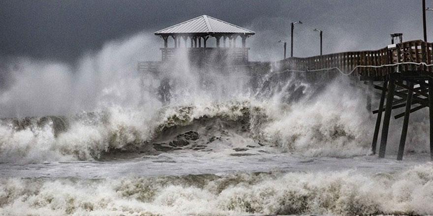 Afrika'nın güneyinde tropikal fırtına faciası!