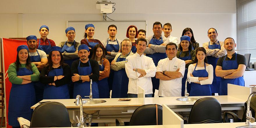 DAÜ-SEM ile Turizm Fakültesi yemek kurslari başladi