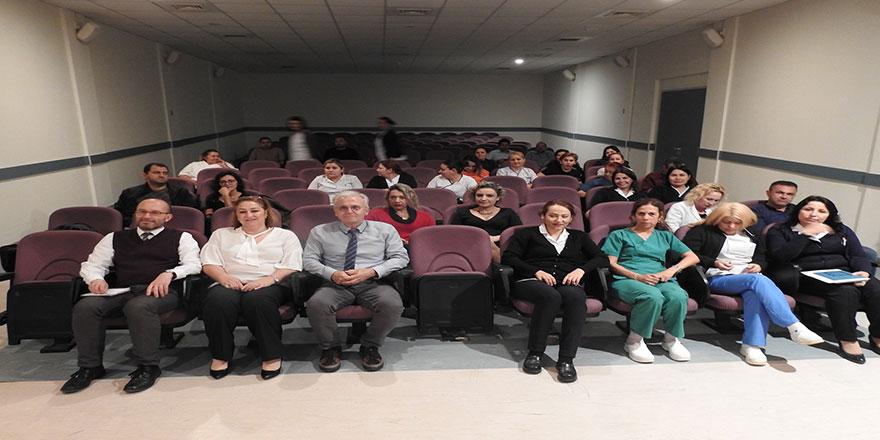 """DAÜ Dr. Fazil küçük Tıp fakültesi'nden """"Sağlikta etik"""" semineri"""