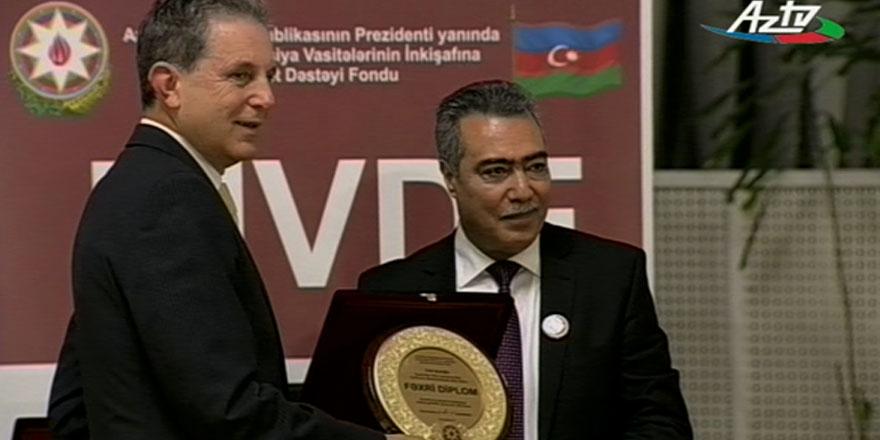 KKTC'nin Bakü eski temsilcisi Gazioğlu Fahri diploma ile ödüllendirildi