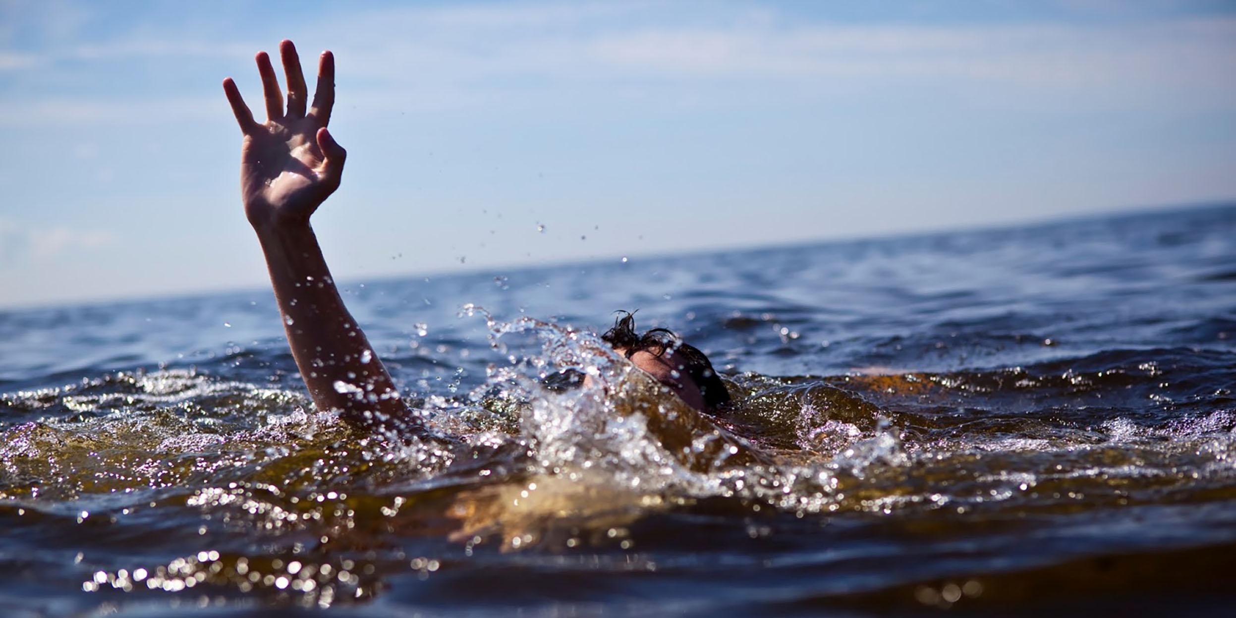 Bedis Plajı'nda boğularak yaşamını yitirdi