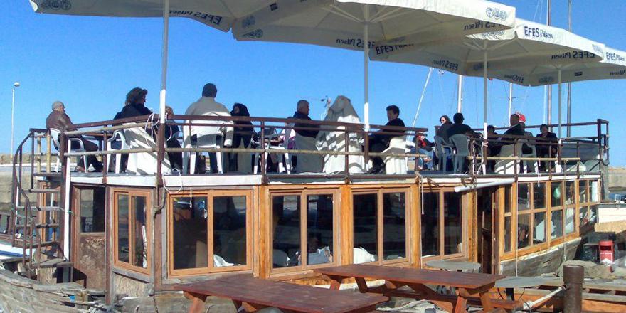 Boat Cafe battı
