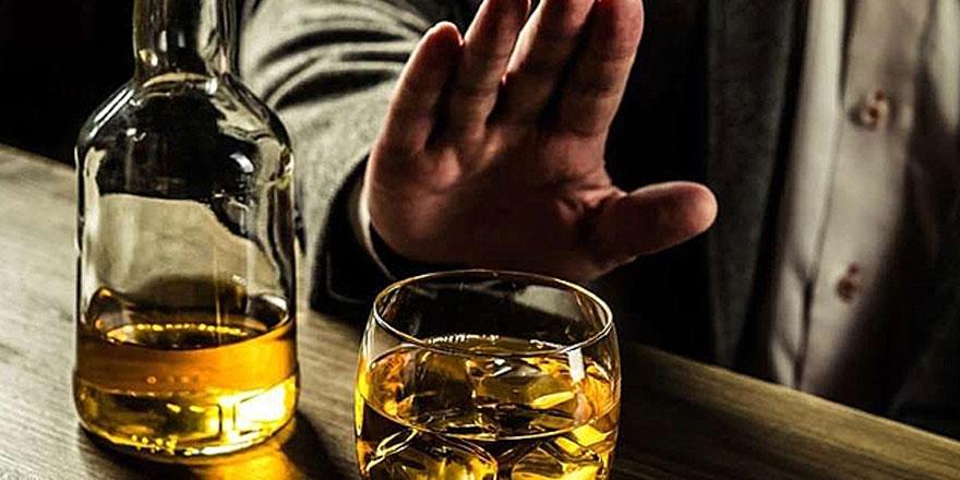 Kâbus devam ediyor! Alkol zehirlenmesi yine can aldı.