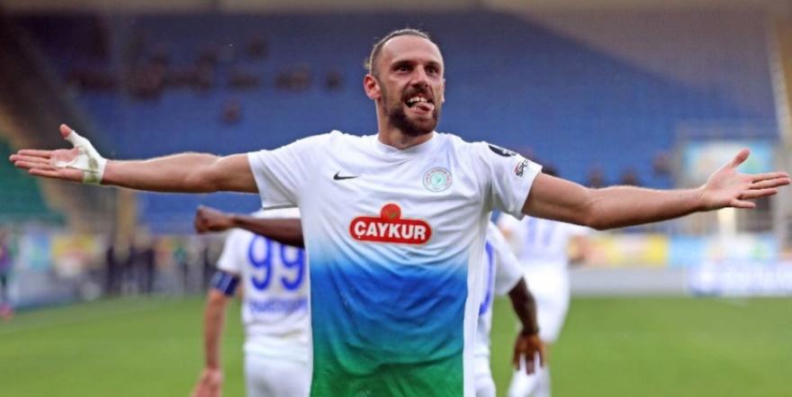 Fenerbahçe Vedat Muriç transferini böyle duyurdu!