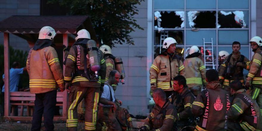 Erkek arkadaşıyla kavga eden alkollü kadın evini ateşe verdi