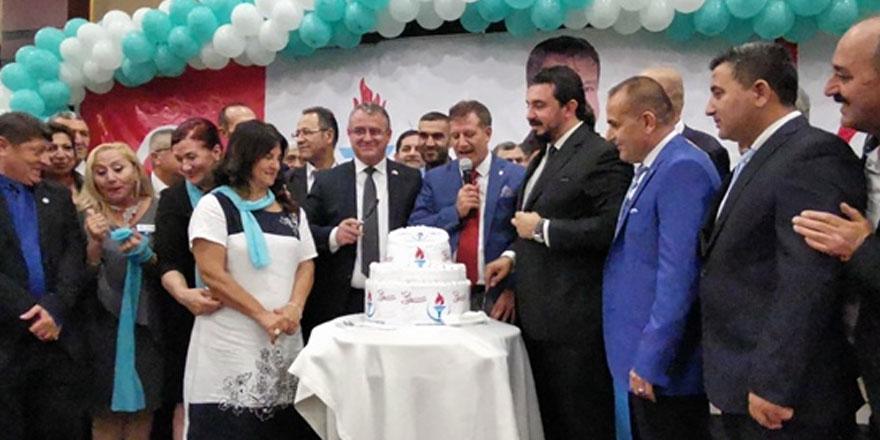 YDP 3. kuruluş yıldönümünü kutladı