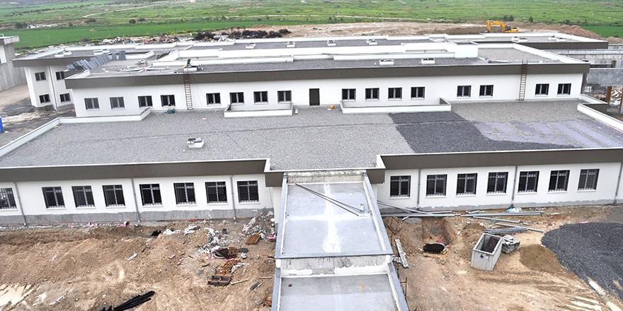 """""""Yeni cezaevi binası bir an önce tamamlanmalı"""""""