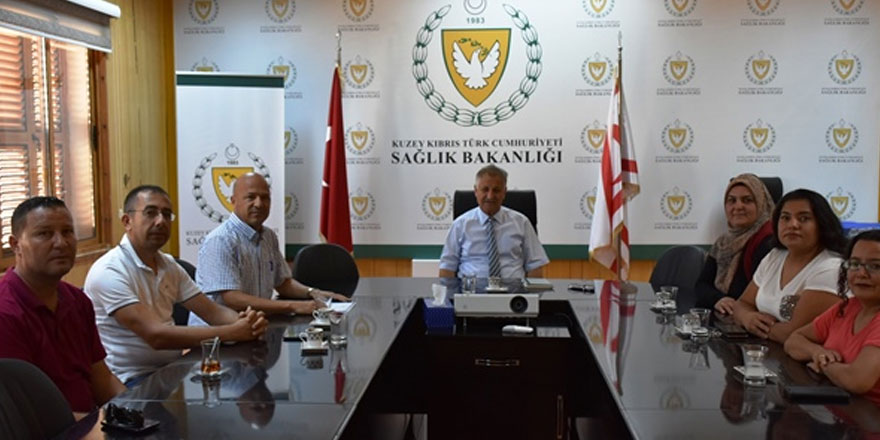 Bakan Pilli, Lefkoşa özel eğitim ve iş merkezi yetkilileri ile görüştü