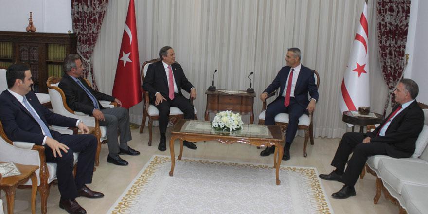 Meclis Başkanı Uluçay CHP Başkan Yardımcısı Yorun'u kabul etti