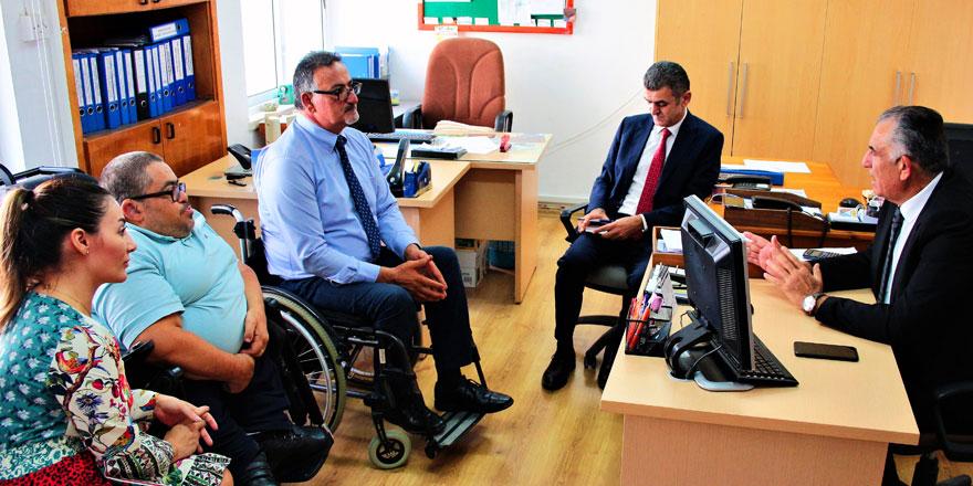 Çavuşoğlu, Engelli Hizmetleri Koordinasyon Kurulu'nu kabul etti