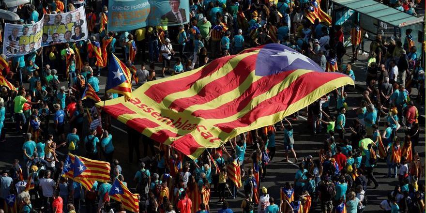 Katalan lidere 13 yıl hapis cezası