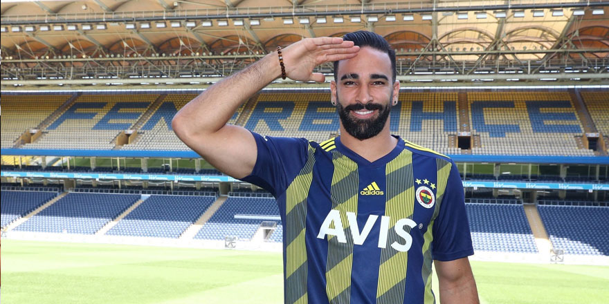 Fenerbahçe'nin Fransız oyuncusundan asker selamı