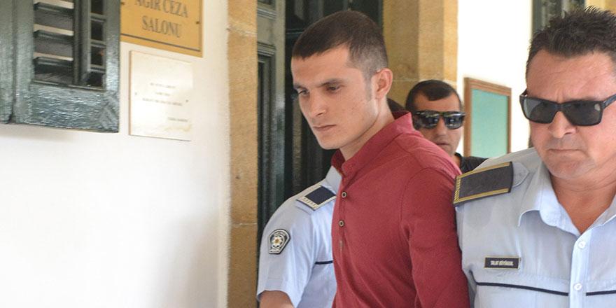 2 yıl hapis cezasına çarptırıldıKaynak: Uyuşturucu ithaline 2 yıl hapislik