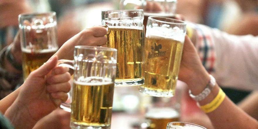 Adamın vücudu bira üretiyor