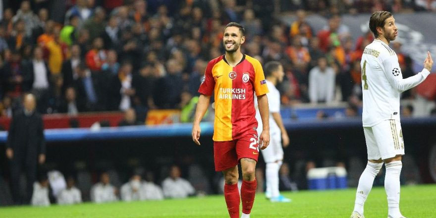 Galatasaray, UEFA Şampiyonlar Ligi'nde şanssızlığını kıramadı!