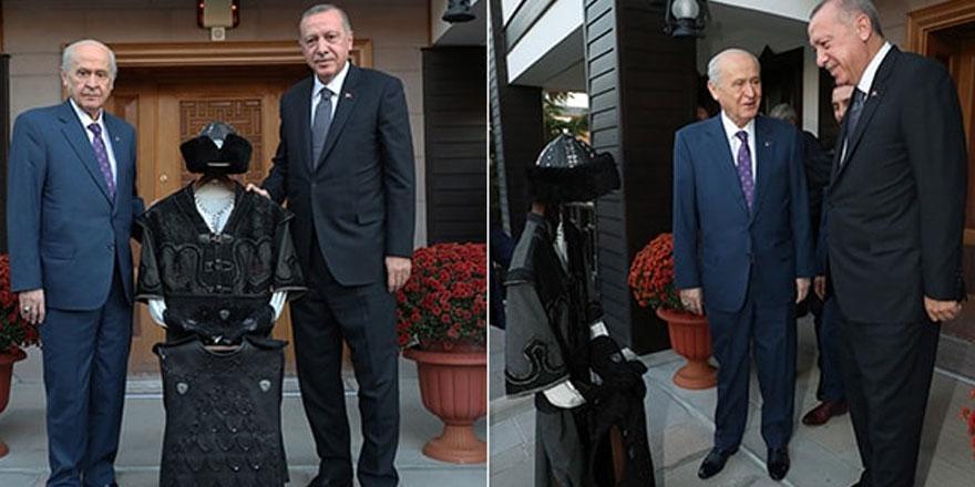 """Erdoğan'a """"hakan"""" mesajı"""