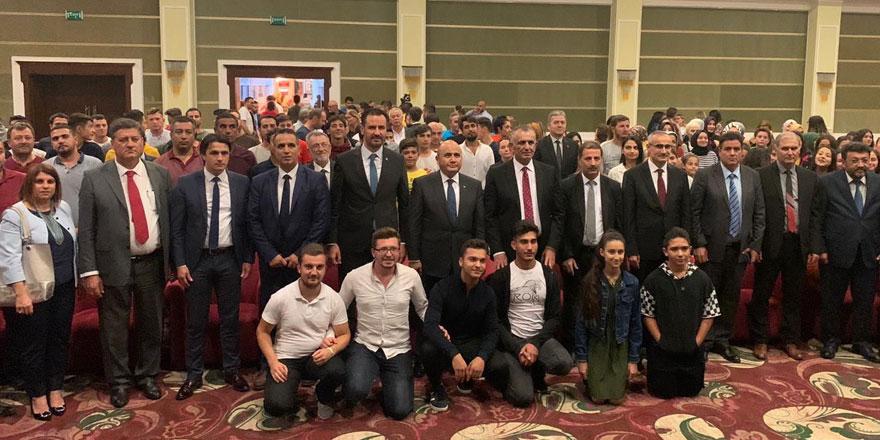 """Çavuşoğlu: """"Geleceğe doğru yolculuğumuz, tamamen iki kardeşin buluşması içindir"""""""