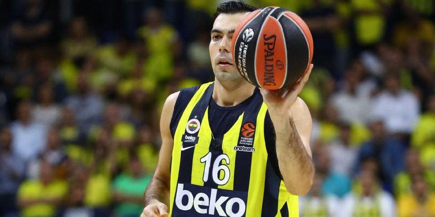 Fenerbahçe Beko'nun yıldızı Kostas Sloukas, son 10 yılın en iyilerine aday