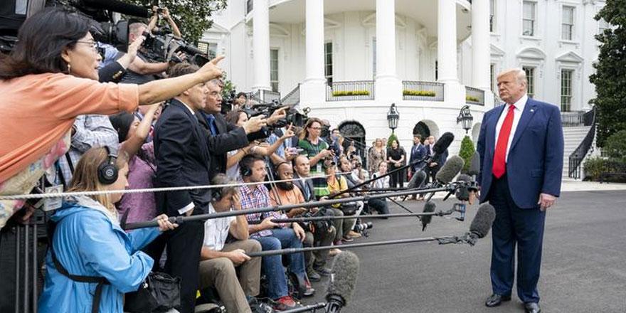 Beyaz Saray iki eleştirel gazetenin aboneliğini iptal etti