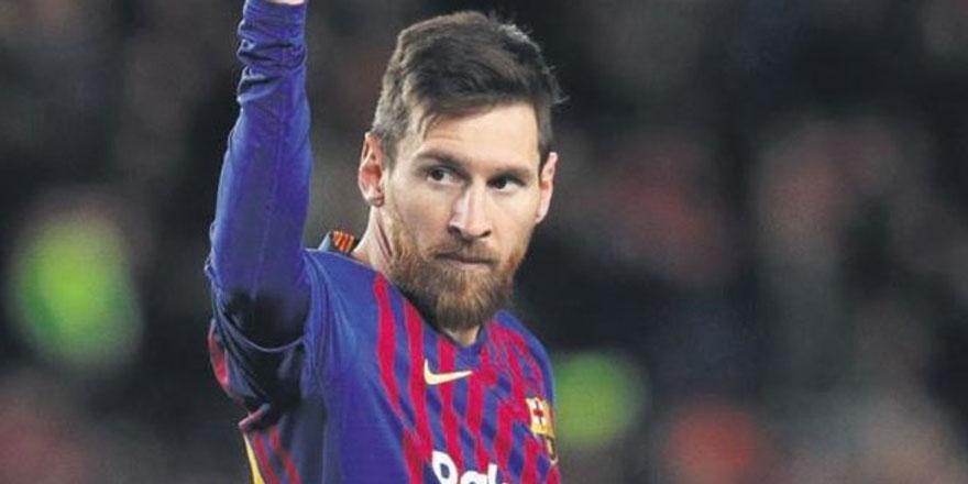 Lionel Messi resitali devam ediyor!