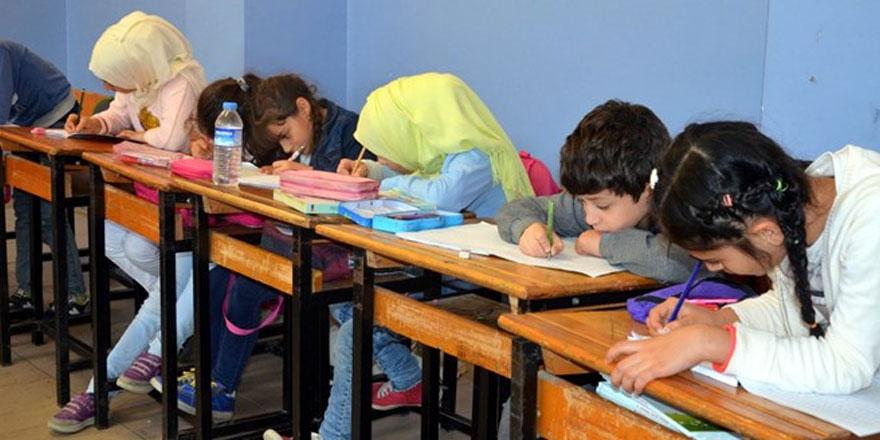 Suriyeli öğrenciler için 'uyum sınıfları' açıldı