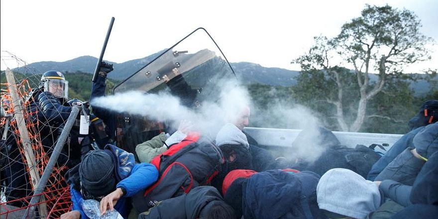 Otoyolda arbede: Polis sert müdahale etti