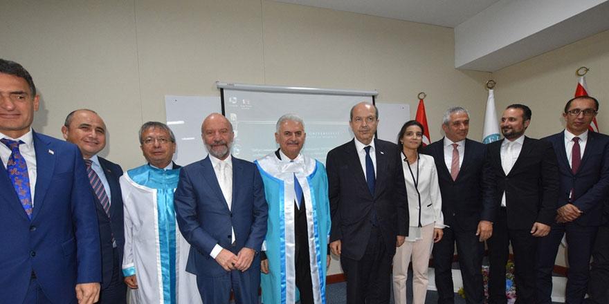 """Girne Üniversitesi Tarafından Türkiye Cumhuriyeti Eski Başbakanı Binali Yıldırım'a """"Fahri Doktora"""" Ünvânı Verildi…"""